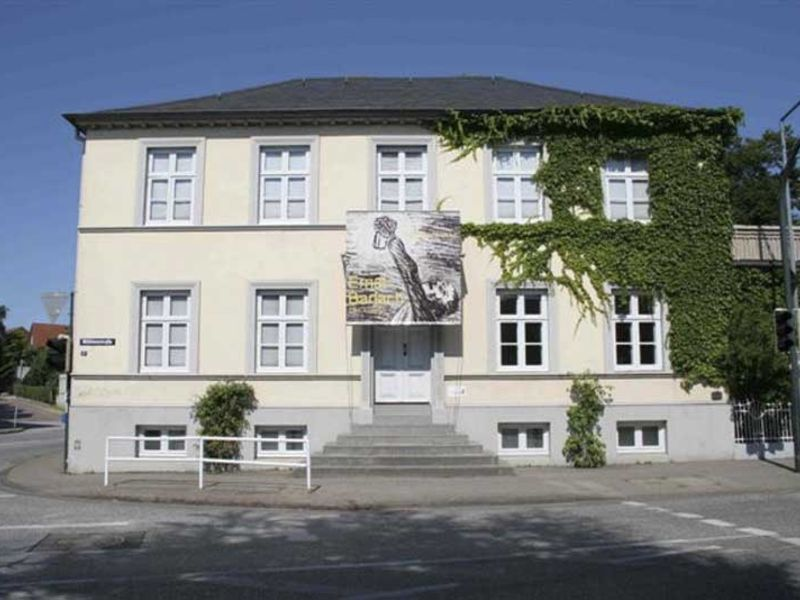 Wissenswertes über das Leben des in Wedel geborenen und gelebten Künstlers und Literats Ernst Barlach