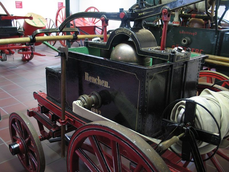 Das Feuerwehrmuseum Schleswig-Holstein informiert über die Entwicklung des vorbeugenden und abwehrenden Brandschutzes unter technischen und kulturgeschichtlichen Aspekten