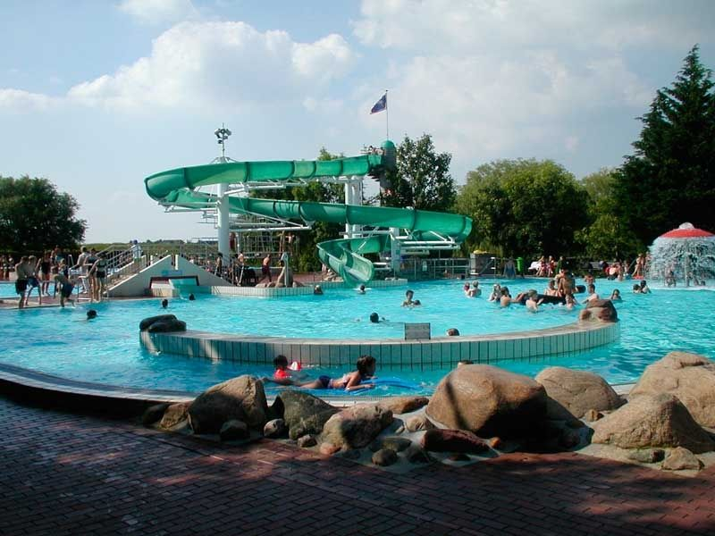 Im Fortuna Bad gibt es genügend Attraktionen für Groß und Klein.