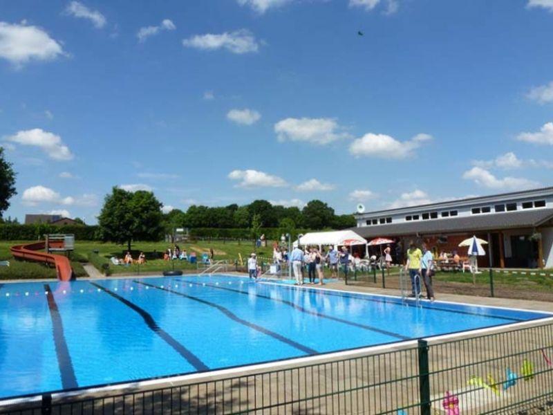 Itzehoe Schwimmbad freibad quarnstedt unsere region holstein tourismus