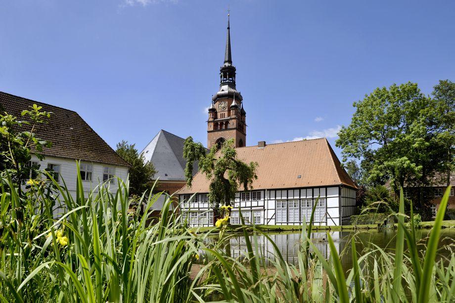 Klosterhof Itzehoe bei Sonnenschein